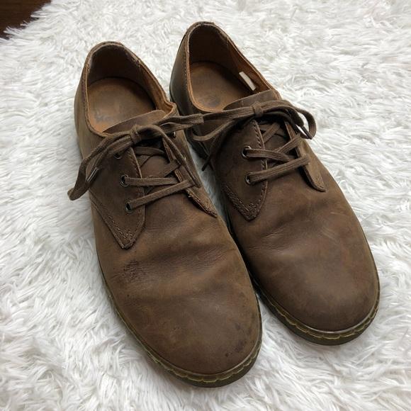 e64624c051a48 Dr. Martens Men's Coronado Crazy Horse Shoe